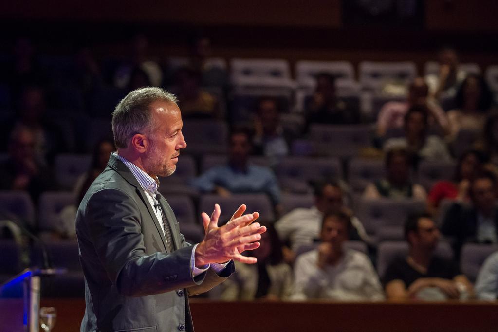 IMG-20150529-WA0004-Conferencia