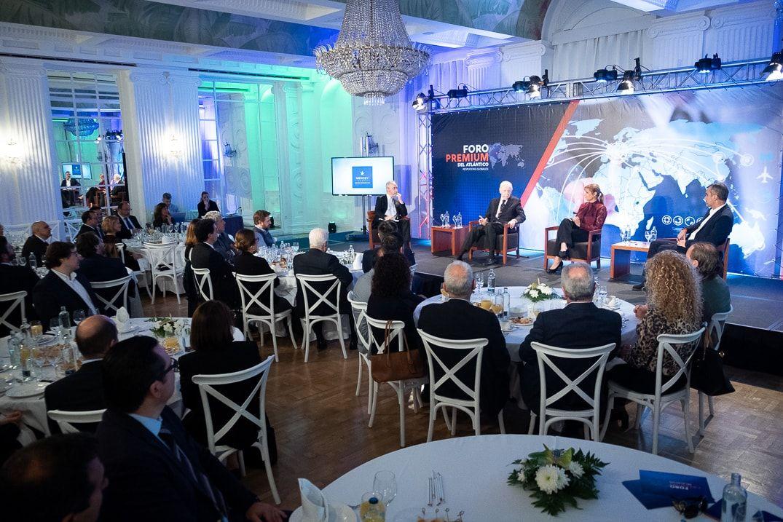 Conferencias sobre economía y empresas