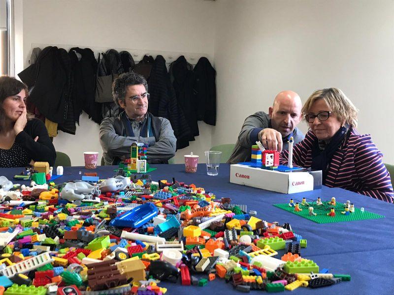 team-building-lego