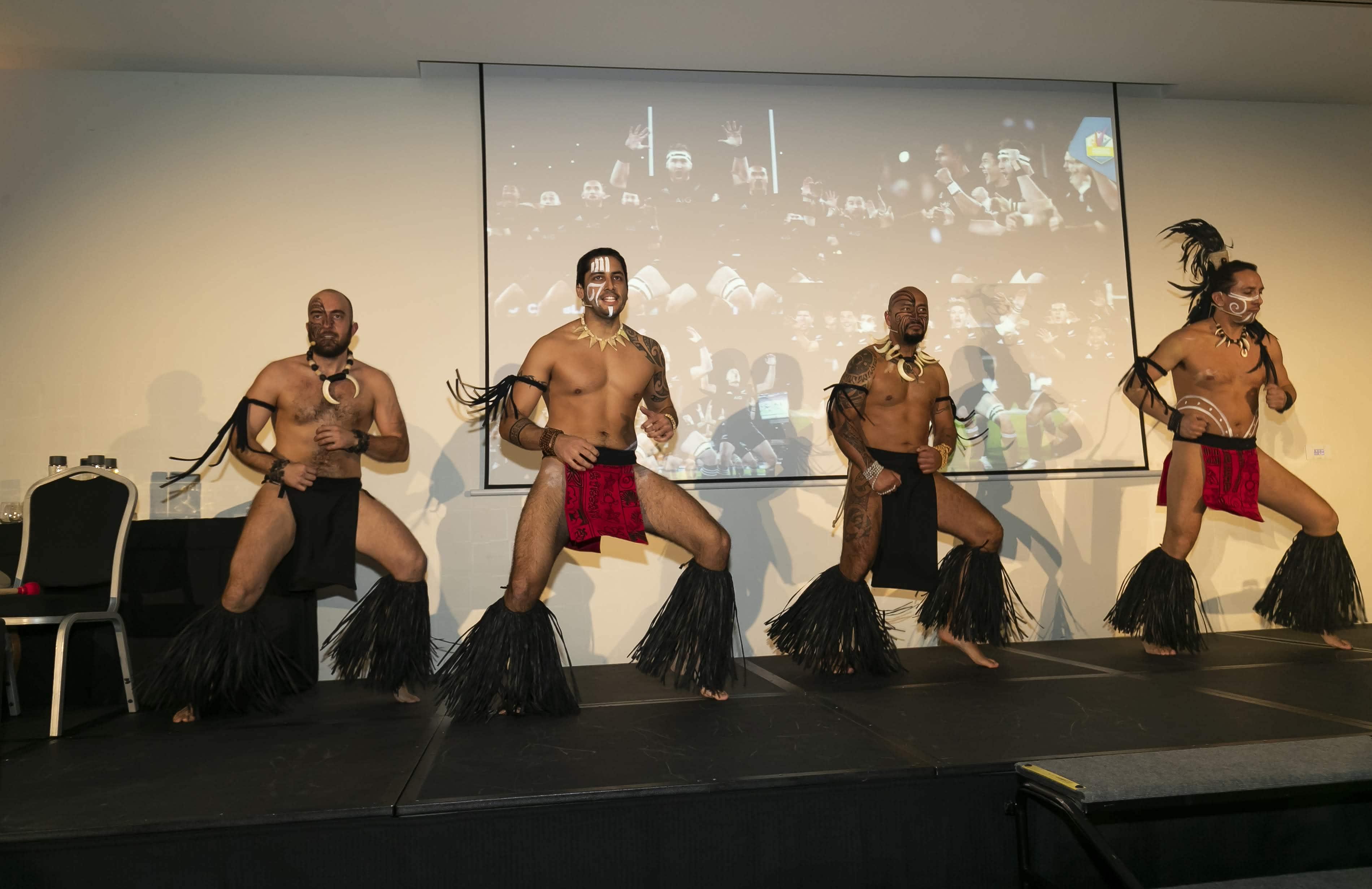 bailarines haka - arag 2