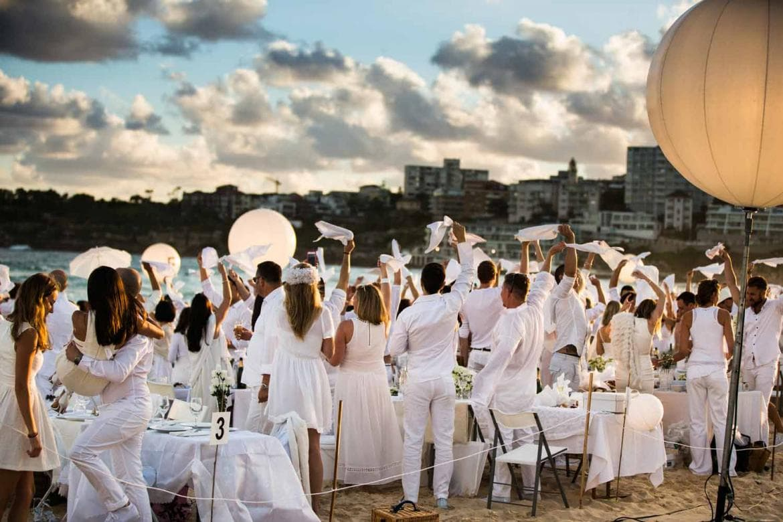 Fiesta temática White Night (2)